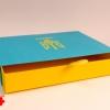 Выдвижная коробка в национальных цветах с гербом