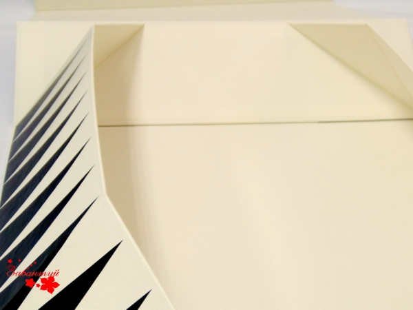 Складная подарочная коробка-трансформер на магнитах