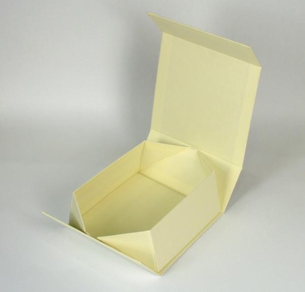 Коробка-трансформер на магнитах
