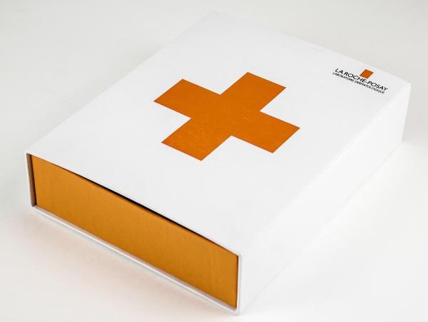 Выдвижная коробка для косметики. LA ROCHE-POSAY