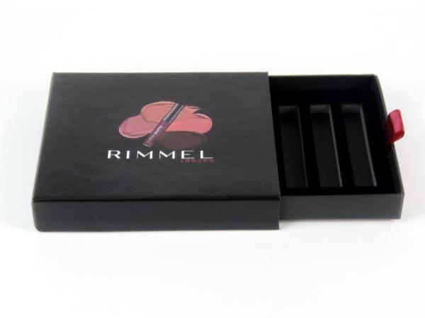 Выдвижная коробка с ложементом Rimmel