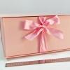 Размер 35*35*16 см Коробка на лентах. Цвет: розовый с розовыми лентами.
