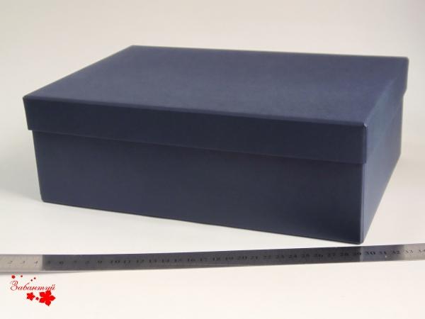Подарочная коробка со съемной крышкой. Цвет темно-синий. Размер 30*20*10 см
