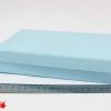 Размер 21,2*12,5*5 см Подарочная коробка со съемной крышкой. Цвет небесно-голубой.