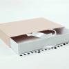 Розмір 35*25*5 см Висувна коробка з ручками. Колір бежево-білий