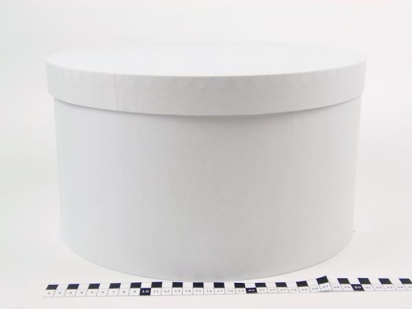 Диаметр 35 см, высота 20 см Круглая коробка. Цвет: белый