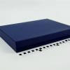 Розмір 35х25х5 см. Коробка зі з`ємною кришкою. Колір темно-синій