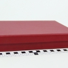 Розмір 22,5х16,5х4 см. Коробка зі з`ємною кришкою. Колір бордовий