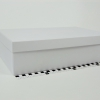 Размер 36,4х23,1х10 см. Коробка со съемной крышкой. Цвет белый