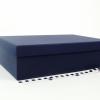 Размер 36,4х23,1х10 см. Коробка со съемной крышкой. Цвет темно-синий