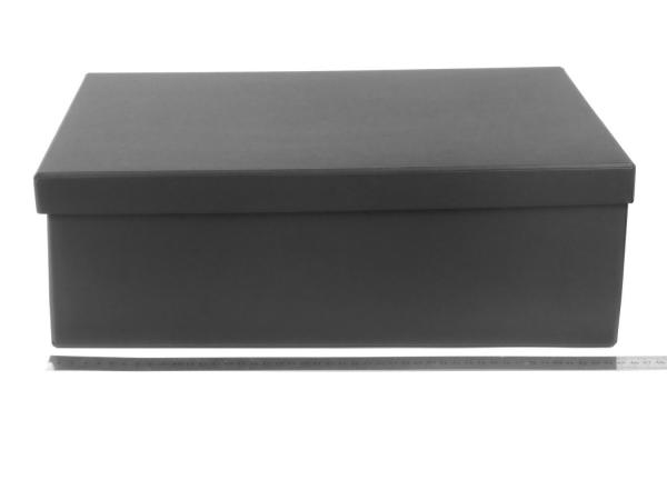 Размер 45х32х14 см. Подарочная коробка. Цвет черный