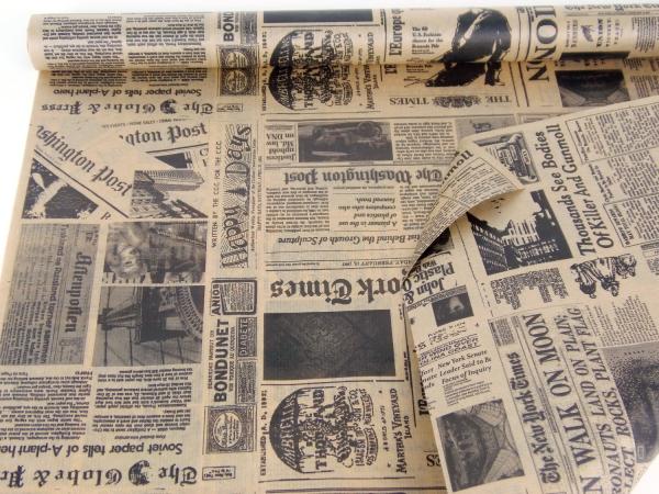 Рулон 70 см на 10 м. Подарочная бумага. Дизайн: газета черная