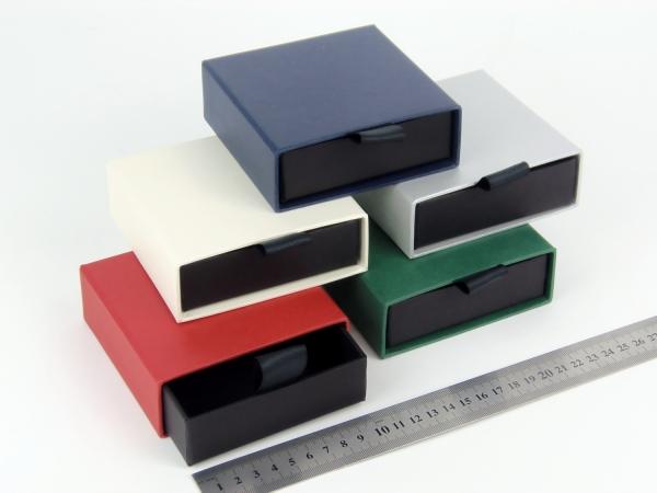 Размер 10х10х3 см Выдвижная коробка. Цена за одну коробку