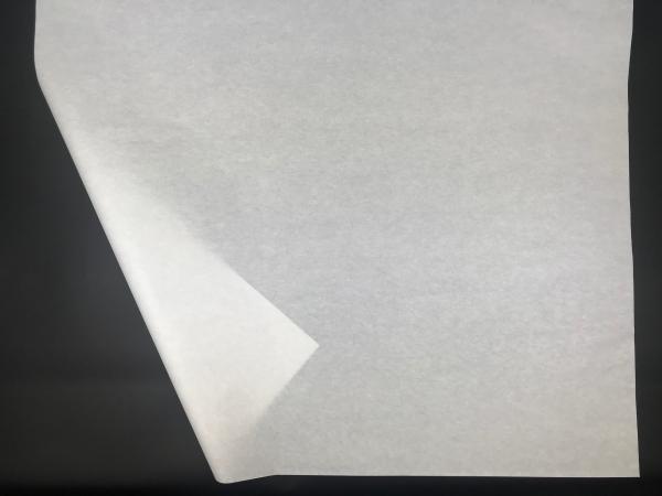 Метровая тишью плотность 26/27 г/м2. Размер 100х75см. Непрозрачная белая бумага. Код 26FO. Цена за 100 листов