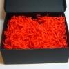 Наповнювач у подарункові коробки. Об `єм у розпушеному вигляді 1,5 літри. Колір: червоний № 580