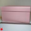 Розмір 24,4х24,4х11 см. Коробка зі з`ємною кришкою. Колір рожевий