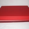 Розмір 39х30х5 см. Коробка зі з`ємною кришкою.Колір :червоний