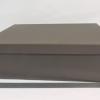 Розмір 45х35х10 см. Коробка зі з`ємною кришкою.Колір :коричневий