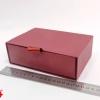 Размер 17*12*5 см Коробка-футляр. Цвет бордовый.