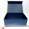 Розмір 45х32х14 см. Коробка з магнітним кріпленням. Колір темно-синій