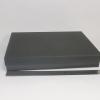 Розмір 33,5х24,5х3 см. Коробка зі з`ємною кришкою. Колір чорний